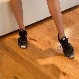 Nike Womens Oreo Flyknit Lunar 3 Running Shoes 5.5